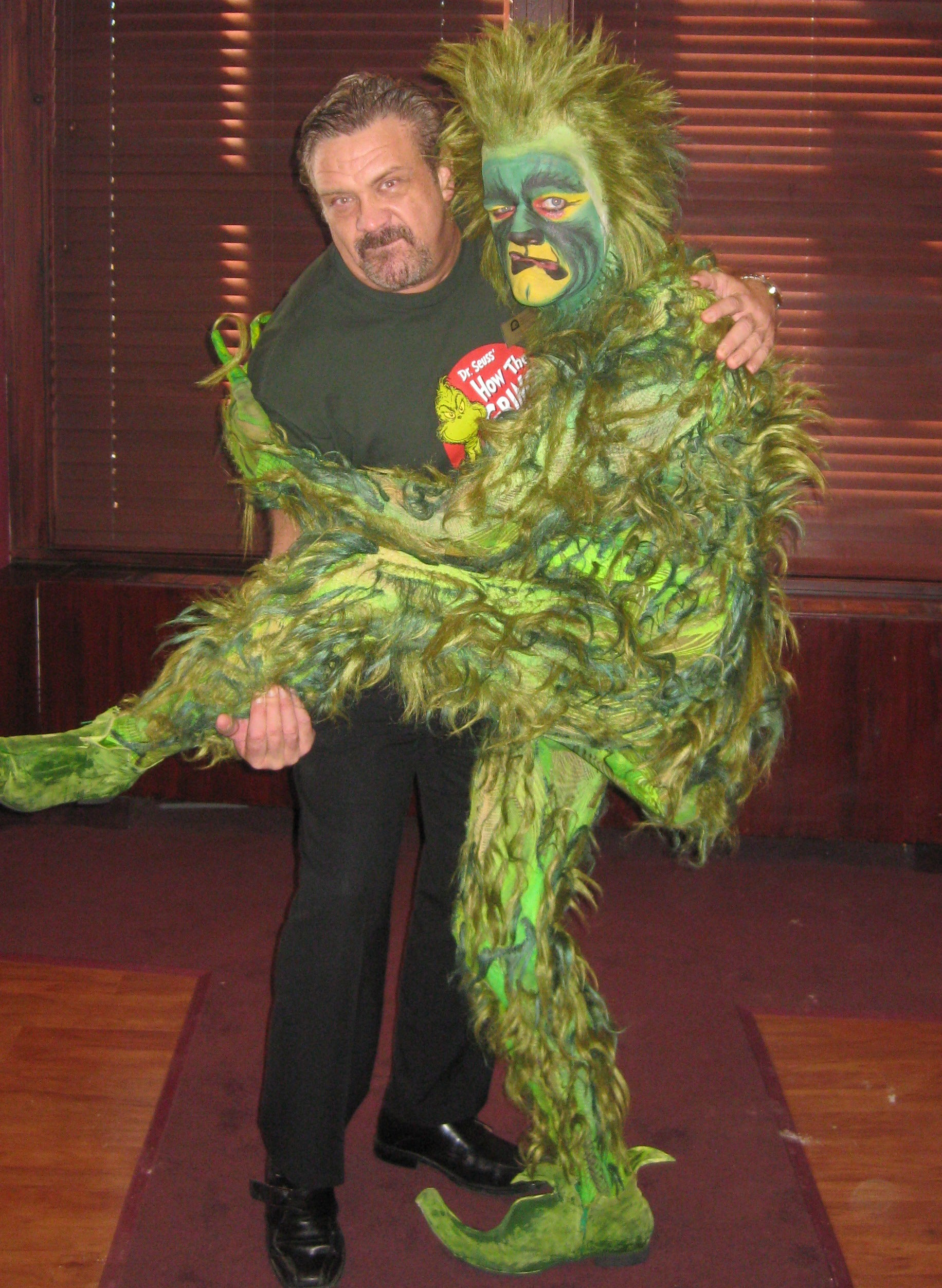 The Grinch Who Stole Christmas Dog.Dr Seuss How The Grinch Stole Christmas The Musical